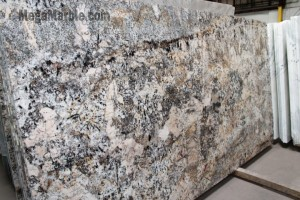 Robben Bordeaux Granite